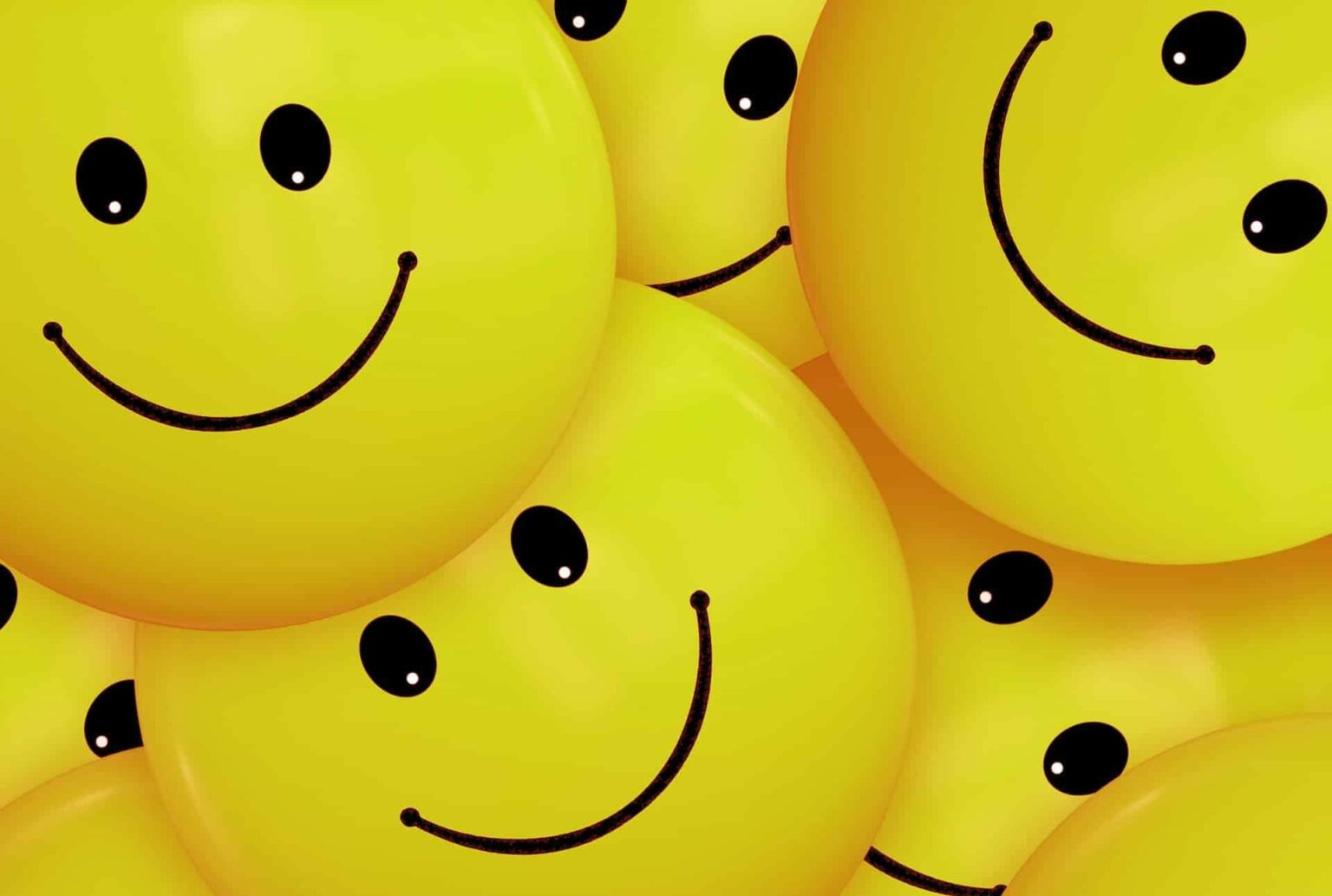 plein de smileys jaunes qui sourient